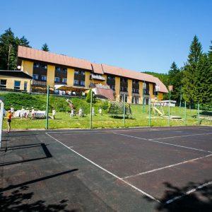 Škola v prírode Čertov